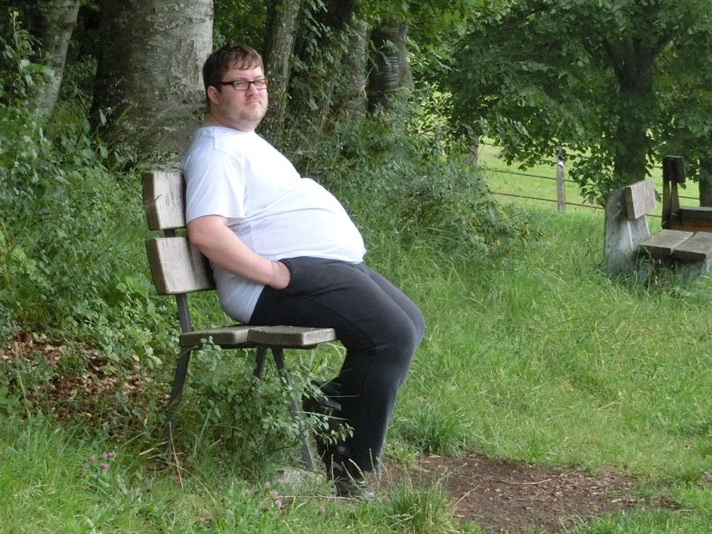 Ernährungsberater Bastian Grunwald vor seinem LifeSwitch mit 140Kg